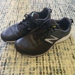 NB 777v2 running shoes